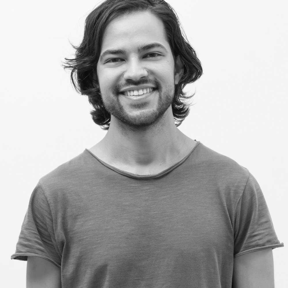 Philipp Sharma Yin Yoga