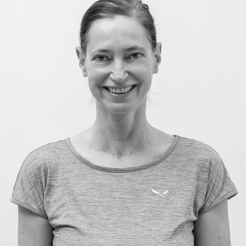 Sabine Maierhofer Lu Jong