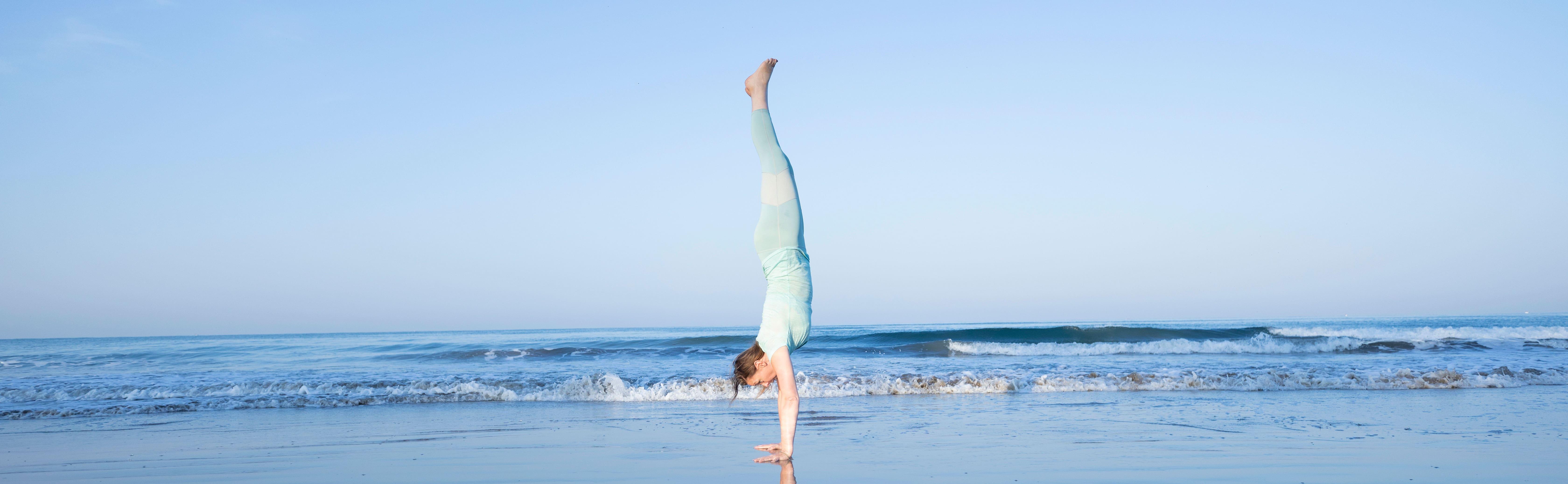 handstand anusara birgit