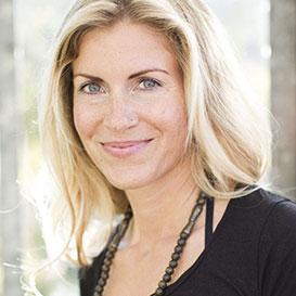Helga Baumgartner Yin Yoga
